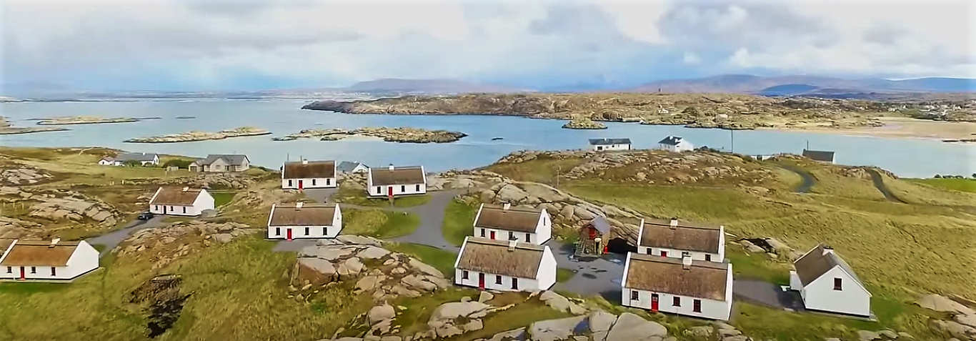 cottages in donegal donegal thatched cottages